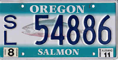 Oregon Salmon License Plate, 1998, Very Good to Near Mint Used Condition.