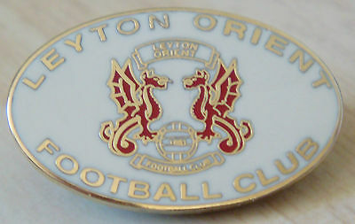 LEYTON ORIENT FC Club crest type badge In gilt 26mm x 16mm