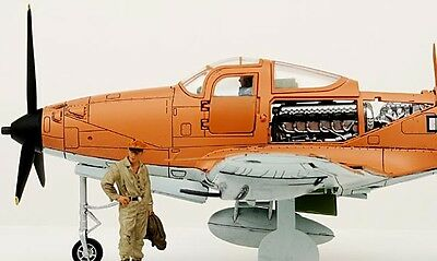 "PLANE FORCES OF VALOR 1:32 P-39Q AIRACOBRA USAAF ""Makin Island""* LIMITED EDITION"