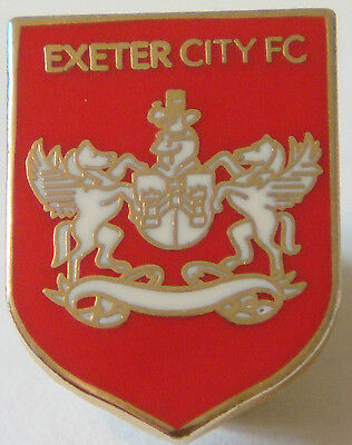 EXETER CITY Club crest type badge Brooch pin in gilt 14mm x 19mm