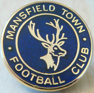 MANSFIELD TOWN Vintage club crest badge Maker REEVES Brooch pin gilt 26mm x 26mm