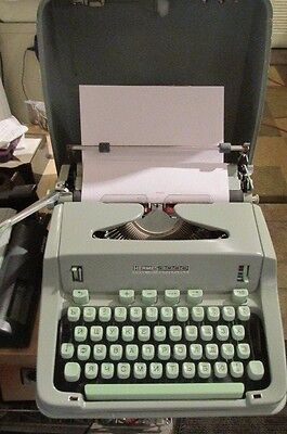 Very Rare Vintage Hermes 3000 Portable Cyrillic Font Typewriter With Steel Case