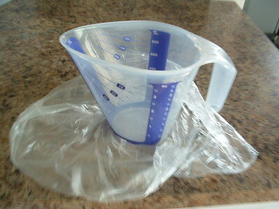 Tupperware 1-Qt ---4-cup Measuring Pitcher---NEW!!    LOW SHIP!
