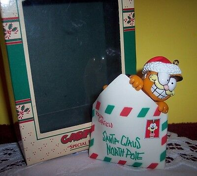 1978 Enesco Ornament ~ SPECIAL DELIVERY ~ GARFIELD ~ Delivering his Mail