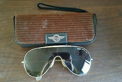 Vintage Bausch & Lomb Wings Sunglasses Ray Ban Gold Tone Aviator with Case
