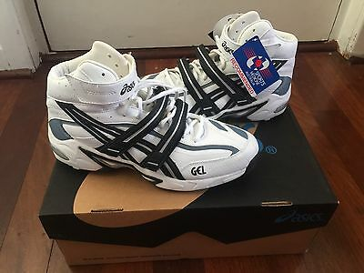 Asics Gel Mid Cricket Shoes Full Spikes W/ Interchangeable Rubber Spike Size 9.5