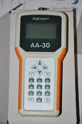 RIGEXPERT AA-30 ADVANCED ANTENNA ANALYSER (0.1-30MHz) HANDHELD UNIT