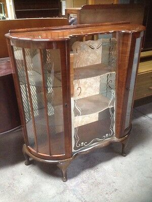 Retro Vintage Art Deco Wooden Display Cabinet Attractive Unit with Glass Shelves