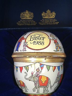 Exquisite Halcyon Days 1988 Enamel Easter Egg with circus scene,original box