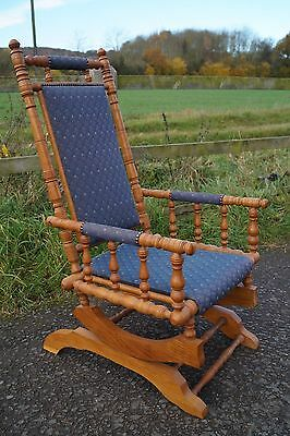 Excellent Solid Golden Oak American Style Rocking Chair