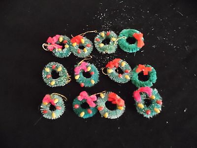 12  MINIATURE BOTTLE BRUSH SISAL WREATHS with Fruit Decoration CHRISTMAS CRAFTS