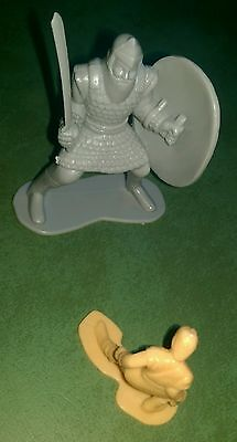"""David & Goliath Toy Plastic Figures Bible Story- hard to find, 3.5"""" tall"""
