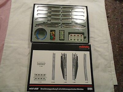 Marklin mini club 8191 new in the box extension set with electric turnouts Z gau