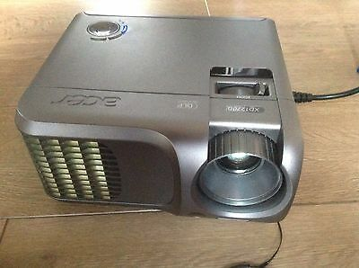 Acer XD1270D Projector