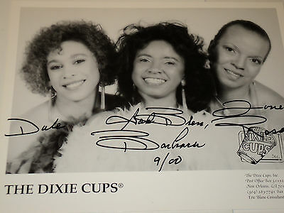 The Dixie Cups /  8 X 10  B&w  Autographed  Photo