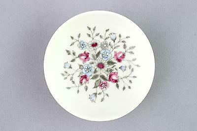 A handpainted 'Fennica' pin dish by Esteri Tomula for Arabia. Finnish design