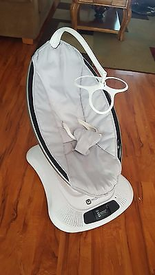 4moms mamaRoo 1026, Baby Swing, Good Condition Controlled By Phone App