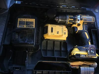 Dewalt DC795 18v Cordless Combi Drill with Case & 2 x Li-Ion Batteries