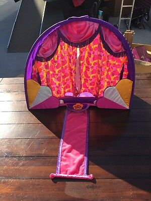"""2003 Groovy Girls SUPER COOL STAGE + 2 Doll Stands 26"""" W X 22"""" T"""