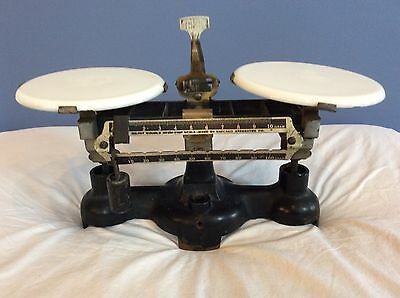 Vintage Chicago Apparatus Co. Apothecary Milvay  Double Beam Trip Scale