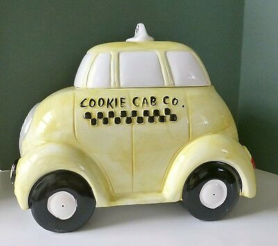 Taxi Cab Vintage Cookie Jar, 1974 Made for R.H. Macy, Fine Condition BIN.