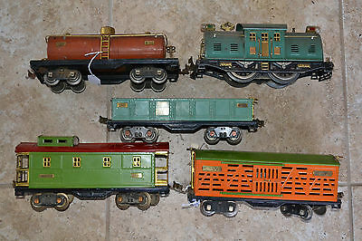Set of Five Pieces Lionel Standard Gauge Freight Train Cars 10e Loco plus more