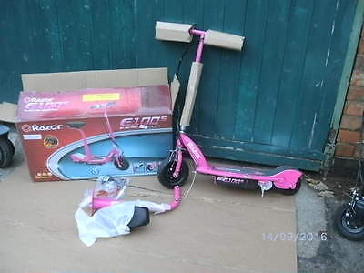 Razor E100 ELECTRIC SCOOTER PINK WITH SEAT.