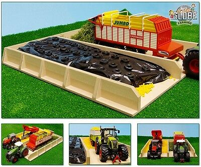Kids Globe Wooden Silage Pit  - Toy Farm Buildings Scale:1:32
