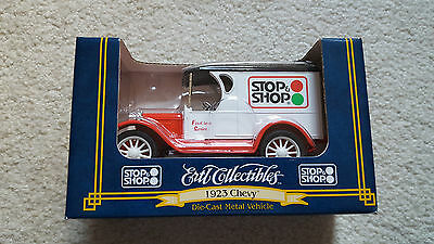 1997 Ertl Stop & Shop Collectible Truck Bank - NEW IN BOX