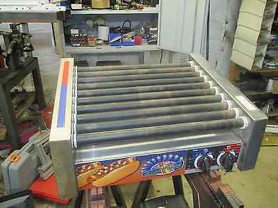 APW Wyott broiler hot dog cooker Model HRS-31S  120VAC
