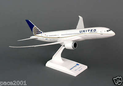 Skymarks Model United Airlines Dreamliner 787-8 1/200 Scale with Stand