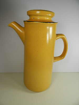 Franciscan Coffee Pot. Honeycomb Design. Excellent condition.