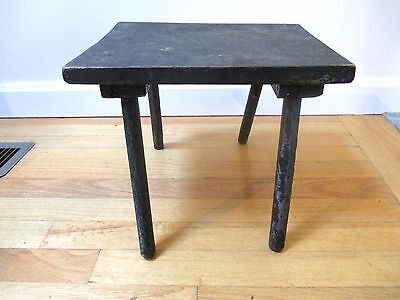 Antique Painted Foot Stool Primitive Country Milking Seat Bench Barn Farm Wood