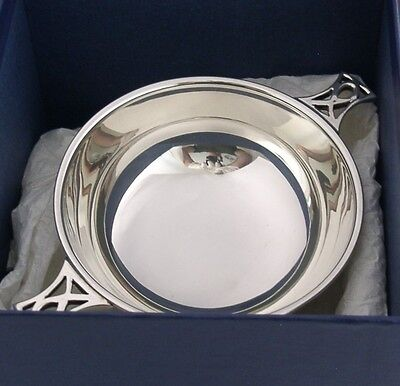 BEAUTIFUL LARGE SOLID STERLING SILVER WHISKY QUAICH 2004 BOXED 121g