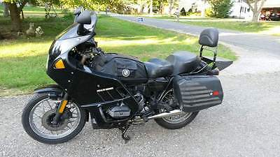 1983 BMW R-Series  1983 BMW R-65 customized for touring