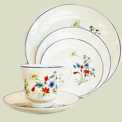 SUMMER BREEZE by Royal Albert 5 Piece Setting made in England NEW NEVER USED