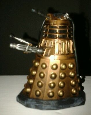 Doctor Dr Who Gold Bronze Dalek Figure with pipes