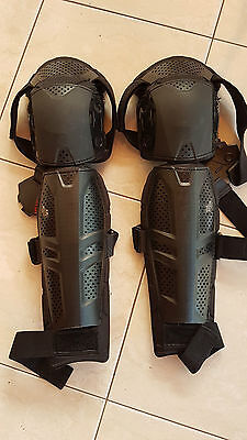 FOX Launch Knee & Shin Pads/GUARDS PROTECTIVE GEAR S/M - EXCELLENT CONDITION
