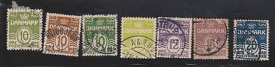 (K4-29) 1909-33 Denmark mix of 16 stamps 2 ORE to 20 ORE both numerals