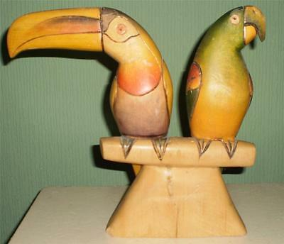 PRETTY Hand Carved VINTAGE/RETRO  Wooden TROPICAL BIRDS ORNAMENT FIGURINE
