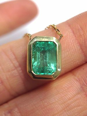 Brilliant ! 2.25CT Colombian Emerald 14K Yellow Gold Solitaire Pendant Necklace