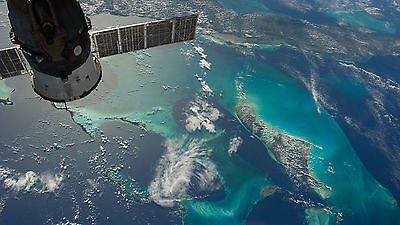 """Poster 24"""" x 16"""" Earth Seen From Space Station"""