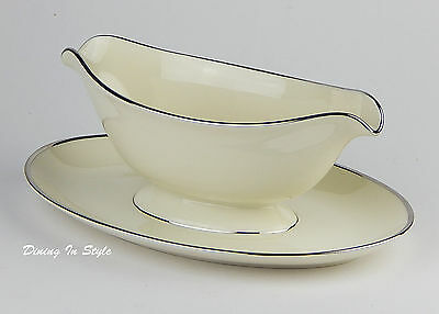 Gravy Boat with Attached Tray, NEAR MINT Condition! Pickard, Mist, #1088