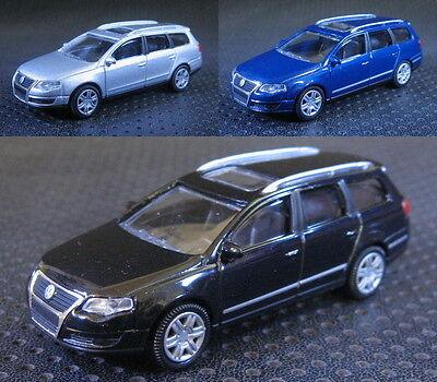Approx 1:64 Volkswagen Passat Variant 3 Color Die Cast Model Car With Box