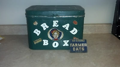 Old Vintage Painted Green Retro Art Decals Decorated Breadbox VERY INTERESTING