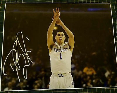 Devin Booker (Kentucky Wildcats) Signed 16x20 in Person w/coa
