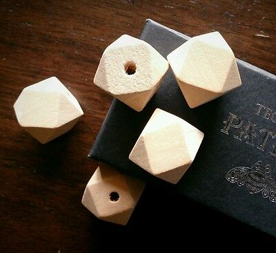 5 x Natural Wooden Geometric Faceted Cube Bead 20mm - Unfinished Wood Craft DIY