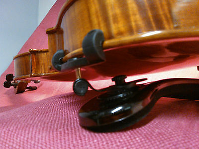 Violin Shoulder Rest by Viva la Musica FLEX size M 1/2 to 1/4 colour:PastelBrown