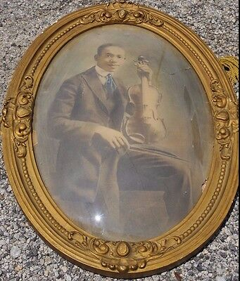 EXCEPTIONAL Antique African American Man With Violin Photo Portrait Oval Frame