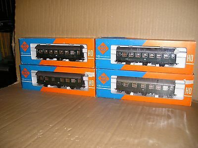 (A166B) Roco German DB 6 wheeled coaches rake of 4, excellent boxed